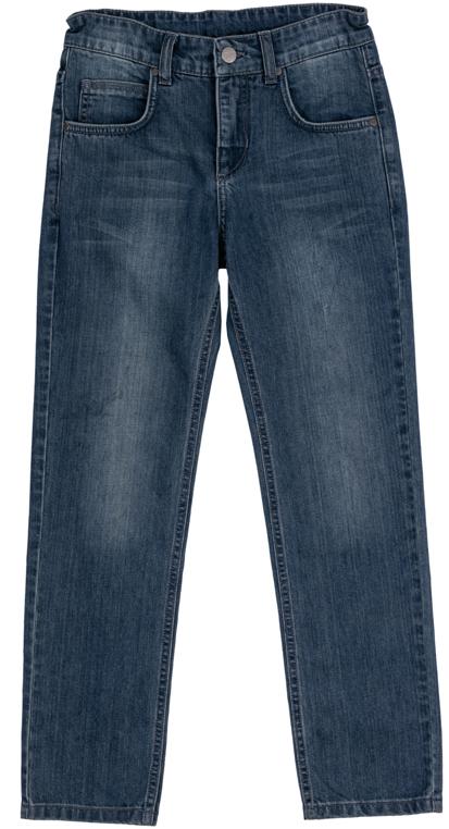 Джинсы363128Стильные джинсы с эффектом потертости для мальчика. Джинсы прямого кроя и стандартной посадки на талии застегиваются на пуговицу и имеют ширинку на застежке-молнии. Модель представляет собой классическую пятикарманку: два втачных и один маленький накладной кармашек спереди и два накладных кармана сзади. На поясе имеются шлевки для ремня.