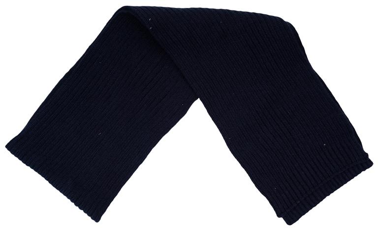 Шарф детский363095Вязаный шарф для мальчика изготовлен из мягкого трикотажного материала. Такой шарф отлично дополнит стильный образ.