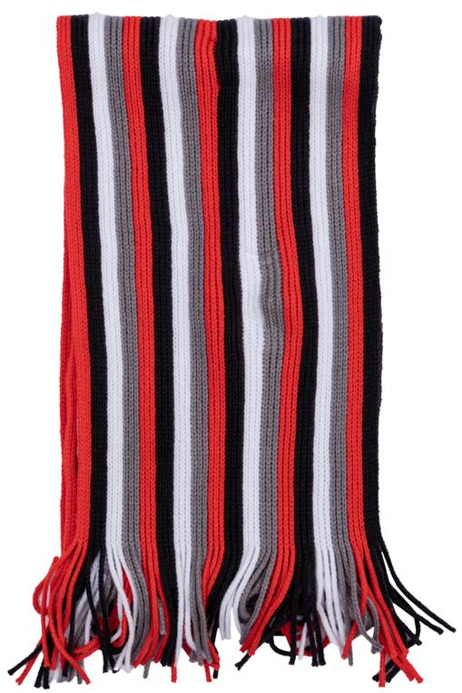 Шарф детский363146Вязаный шарф для мальчика изготовлен из акрила и оформлен принтом в яркую полоску. Изделие по краям дополнено бахромой. Такой шарф отлично дополнит стильный образ.