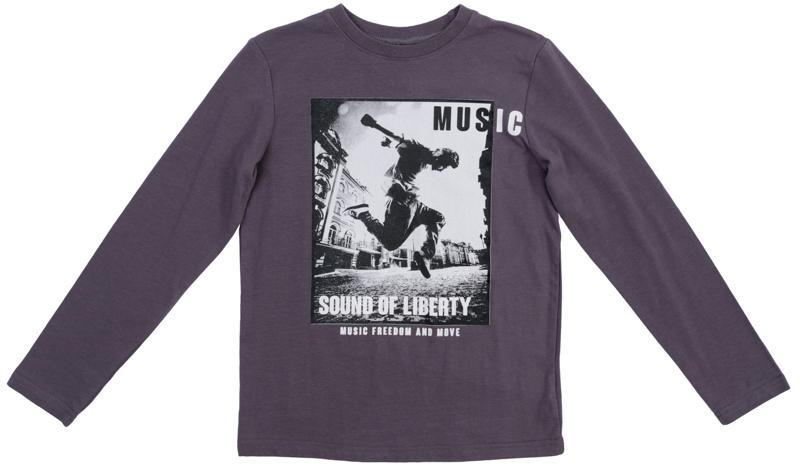 Футболка для мальчиков. 363134363134Уютная футболка с длинными рукавами. Украшена стильным фотопринтом. На воротнике эластичная бейка.