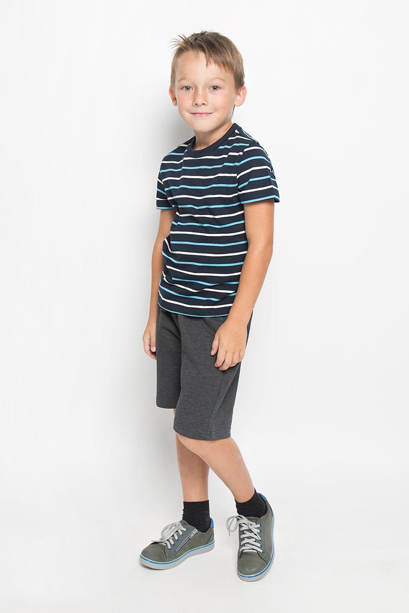 ФутболкаTs-711/503-6332Модная футболка для мальчика Sela идеально подойдет вашему малышу. Изготовленная из натурального хлопка, она необычайно мягкая и приятная на ощупь, не сковывает движения малыша и позволяет коже дышать, не раздражает даже самую нежную и чувствительную кожу ребенка, обеспечивая наибольший комфорт. Футболка с короткими рукавами и круглым вырезом горловины оформлена принтом в полоску. Оригинальный современный дизайн и модная расцветка делают эту футболку модным и стильным предметом детского гардероба. В ней ваш малыш будет чувствовать себя уютно и комфортно и всегда будет в центре внимания!