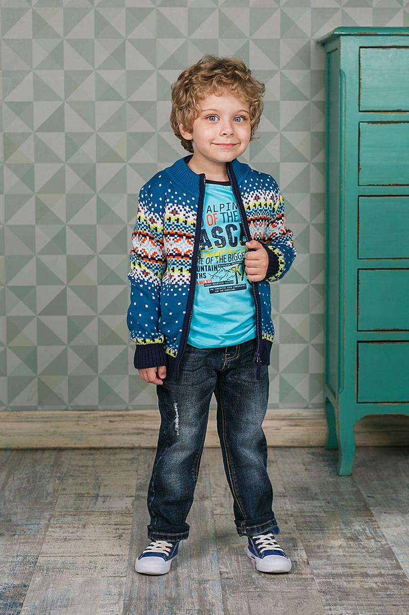 Кофта206322Уютная кофта Sweet Berry для мальчика изготовлена из вязаного трикотажа. Модель с воротником-стойкой, надежно защищающим от ветра, застегивается на застежку-молнию. Воротник, манжеты и низ кофты связаны резинкой.