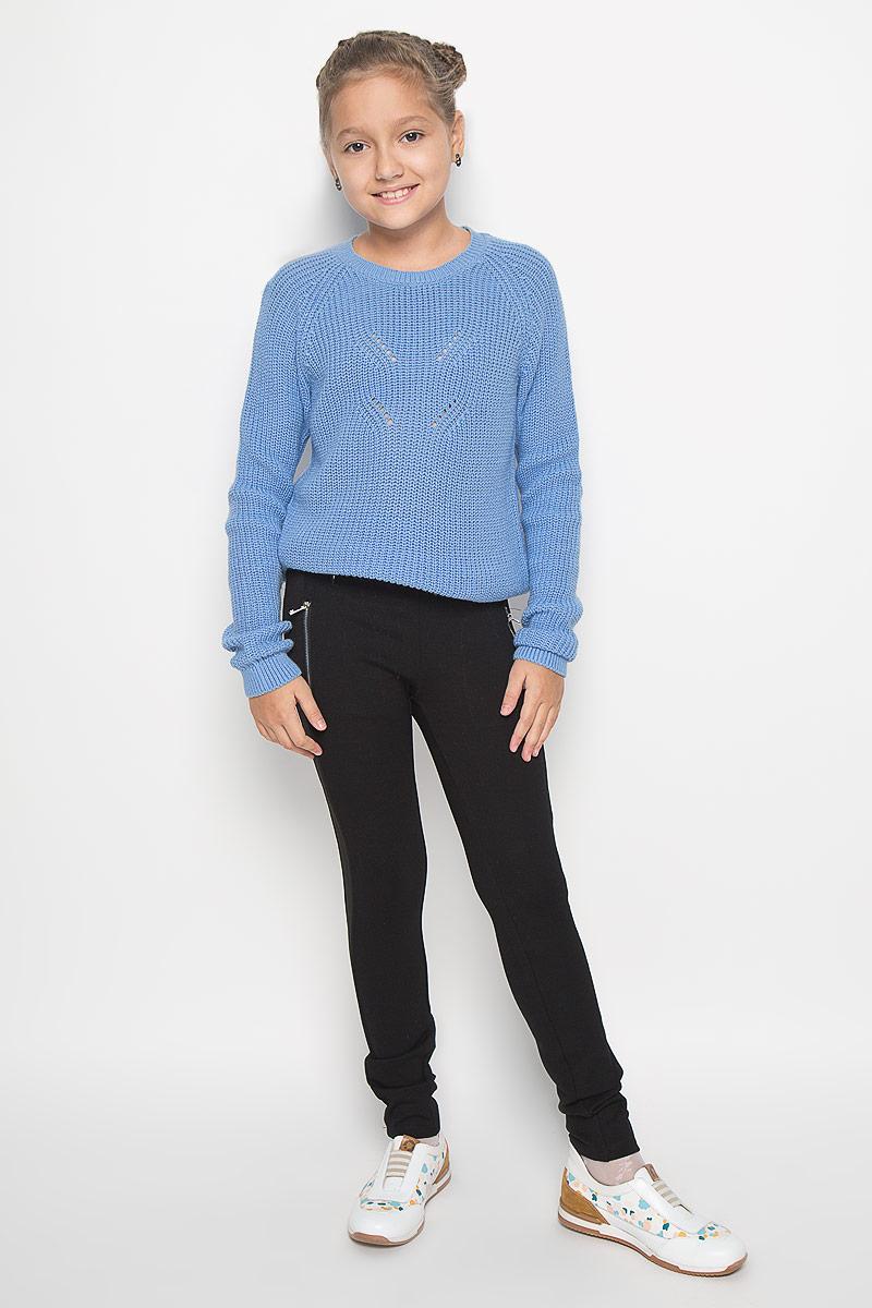 Pk-615/497-6342Стильные трикотажные брюки Sela идеально подойдут вашей моднице для школы, отдыха или прогулок. Изготовленные из вискозы и нейлона с добавлением эластана, они мягкие и приятные на ощупь, не сковывают движения ребенка и позволяют коже дышать, обеспечивая наибольший комфорт. Брюки-слим на талии имеют широкую эластичную резинку. Спереди брюки дополнены прорезными карманами с застежками-молниями. По бокам модель оформлена эластичными вставками. Современный дизайн и расцветка делают эти брюки стильным предметом детского гардероба. В них ваш ребенок всегда будет в центре внимания!