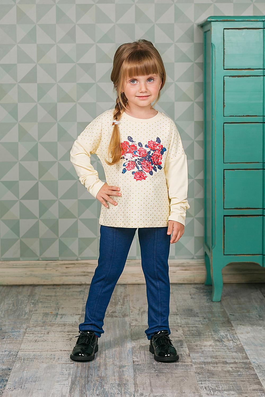 205575Толстовка Sweet Berry для девочки выполнена из мягкого трикотажного материала. Модель с длинными рукавами и круглым вырезом горловины оформлена цветочным принтом.