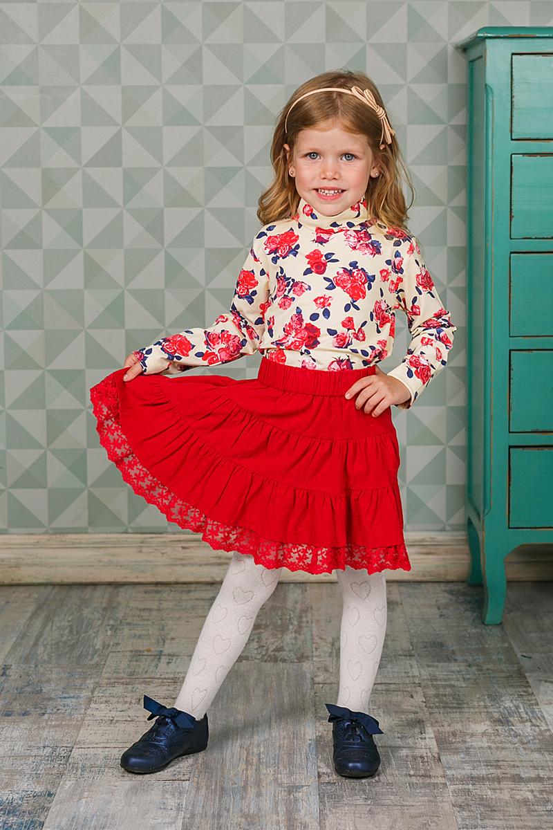 205583Оригинальная юбка для девочки выполнена из мягкого высококачественного материала. Низ модели дополнен кружевной вставкой. Пояс на мягкой резинке.