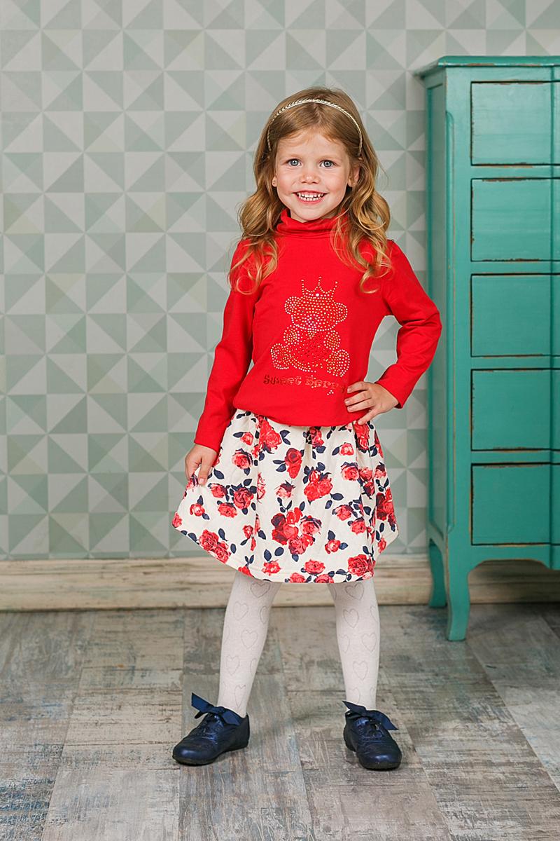205587Оригинальная юбка для девочки выполнена из мягкого трикотажного материала. С внутренней стороны пояс регулируется резинкой на пуговице. Модель оформлена цветочным принтом.