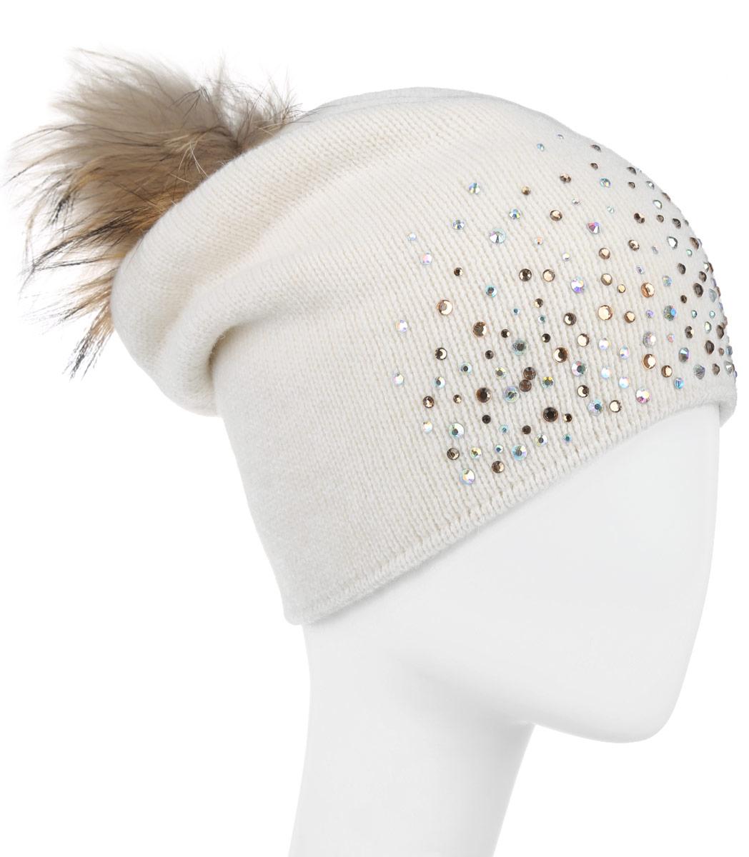 Шапка женская. B346546B346546Вязаная женская шапка Baon отлично подойдет для модниц в холодное время года. Она мягкая и приятная на ощупь, обладает хорошими дышащими свойствами и максимально удерживает тепло. Красивый съемный помпон из натурального меха отлично дополняет головной убор. Шапка оформлена сверкающими стразами. Такой стильный и теплый аксессуар подчеркнет ваш образ и индивидуальность.