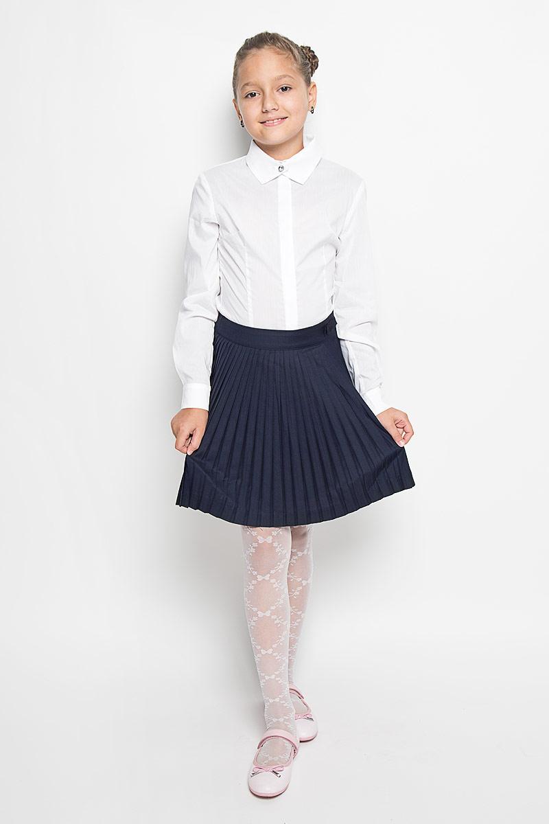 Юбка для девочки. SK-618/023-6311SK-618/023-6311Очаровательная юбка для девочки Sela идеально подойдет для школы. Изготовленная из высококачественного материала, она необычайно мягкая и приятная на ощупь, не сковывает движения и позволяет коже дышать, не раздражает даже самую нежную и чувствительную кожу ребенка, обеспечивая ему наибольший комфорт. Подкладка изготовлена из 100% полиэстера. Юбка-плиссе сбоку застегивается на потайную застежку-молнию. При необходимости пояс можно утянуть скрытой резинкой на пуговице. Пояс декорирован текстильным бантиком. В сочетании с любым верхом, эта юбка выглядит красиво, и очень эффектно.