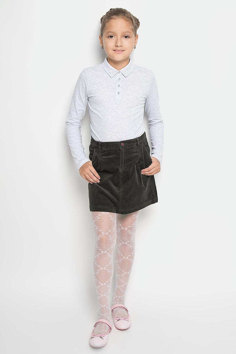 ЮбкаSK-618/013-6342Модная юбка Sela идеально подойдет вашей моднице и станет отличным дополнением к ее гардеробу. Изготовленная из хлопка с добавлением эластана, она мягкая и приятная на ощупь, не сковывает движения и позволяет коже дышать, не раздражает нежную кожу ребенка, обеспечивая наибольший комфорт. Модель-мини застегивается на пуговицу в поясе и ширинку на застежке-молнии. С внутренней стороны пояс регулируется эластичной резинкой. На поясе предусмотрены шлевки для ремня. Спереди модель дополнена двумя втачными карманами, сзади - двумя накладными карманами. В такой модной юбке ваша дочурка будет чувствовать себя комфортно и всегда будет в центре внимания!