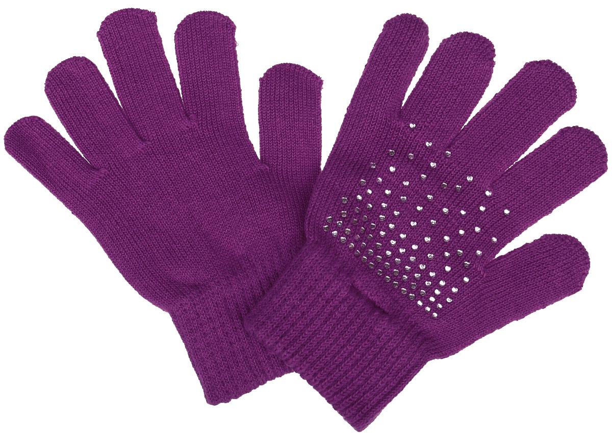Перчатки детские362084Вязаные перчатки для девочки PlayToday идеально подойдут для прогулок в прохладное время года. Изготовленные из высококачественного материала, очень мягкие и приятные на ощупь, не раздражают нежную кожу ребенка, обеспечивая ему наибольший комфорт, хорошо сохраняют тепло. Уютная хлопковая модель выполнена на мягкой резинке, которая не стягивает запястья и надежно фиксирующими перчатки на ручках ребенка. Изделие украшено сверкающими стразами. Современный дизайн и расцветка делают эти перчатки модным и стильным предметом детского гардероба. В них ваша малышка будет чувствовать себя уютно и комфортно.