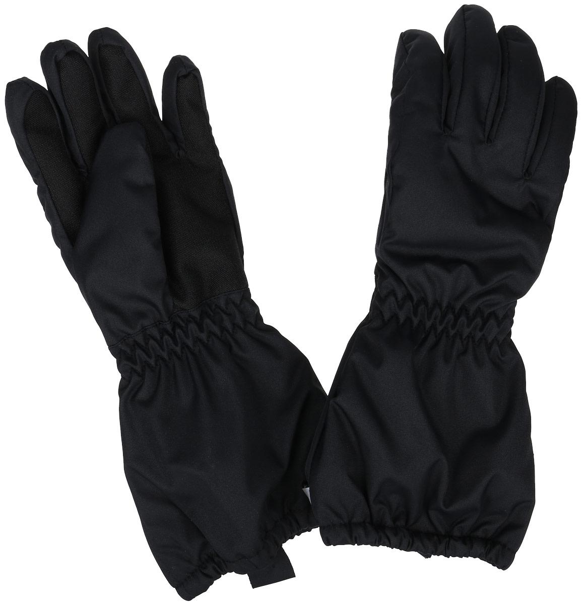 Перчатки детские. 727691727691-9990Теплые перчатки Reima идеально подойдут вашему малышу для прогулок в холодное время года. Изготовленные из непромокаемого материала, с подкладкой из полиэстера, они необычайно мягкие и приятные на ощупь, не сковывают движения и позволяют коже дышать, не раздражают нежную кожу ребенка, обеспечивая ему наибольший комфорт, хорошо сохраняют тепло. Перчатки на теплой подкладке, дополнены длинными широкими манжетами, а также эластичной резинкой на запястье и по краю изделия. Модель дополнена накладками на ладонях и больших пальцах.br> Оригинальный дизайн и модная расцветка делают эти перчатки модным и стильным предметом детского гардероба. В них ваш малыш будет чувствовать себя уютно и комфортно и всегда будет в центре внимания!