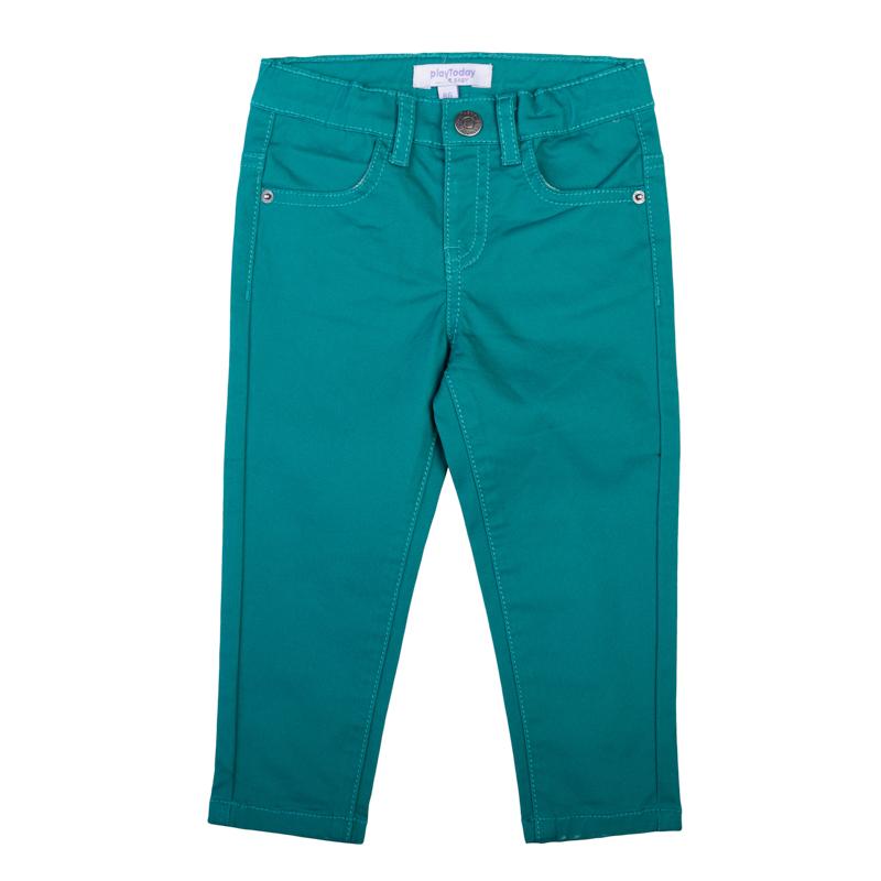 Брюки367010Стильные брюки зауженного кроя. Оригинальный оттенок - темная бирюза. Застегиваются на кнопку. Есть шлевки для ремня и 4 функциональных кармана.