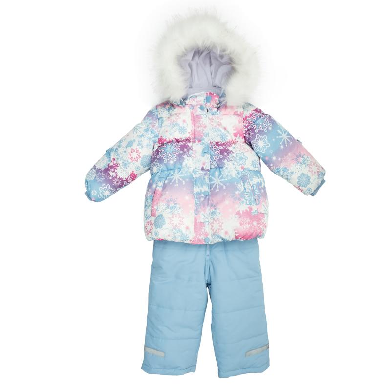 Комплект верхней одежды368051Уютный и теплый комплект из куртки и полукомбинезона. Куртка украшена принтом с нежными цветными снежинками. Внутри мягкая велюровая подкладка. Застегивается на молнию, есть ветрозащитная планка на молнии, как на спортивной одежде. Внизу есть специальная вставка на резинке, пристегнув которую вы надежно защитите малыша от снега. И капюшон, и мех удобно отстегиваются. Воротник на липучке. Рукава и низ на резинке. Есть два функциональных кармашка. Полукомбинезон нежно-голубого цвета. Бретели регул