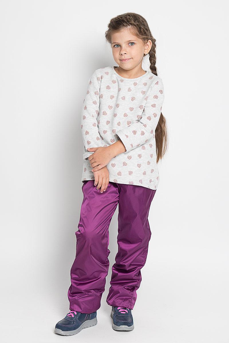Брюки для девочек. 362053362053Яркие утепленные брюки для девочки. Внутри уютная флисовая подкладка. Пояс на резинке, дополнительно регулируется тесьмой. Низ штанишек на резинке.