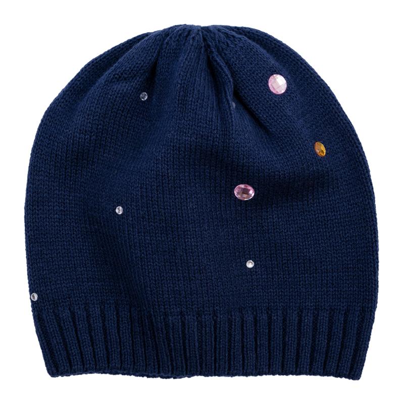 Шапка для девочки. 368040368040Уютная шапочка из вязаного трикотажа. Украшена россыпью сверкающих страз.