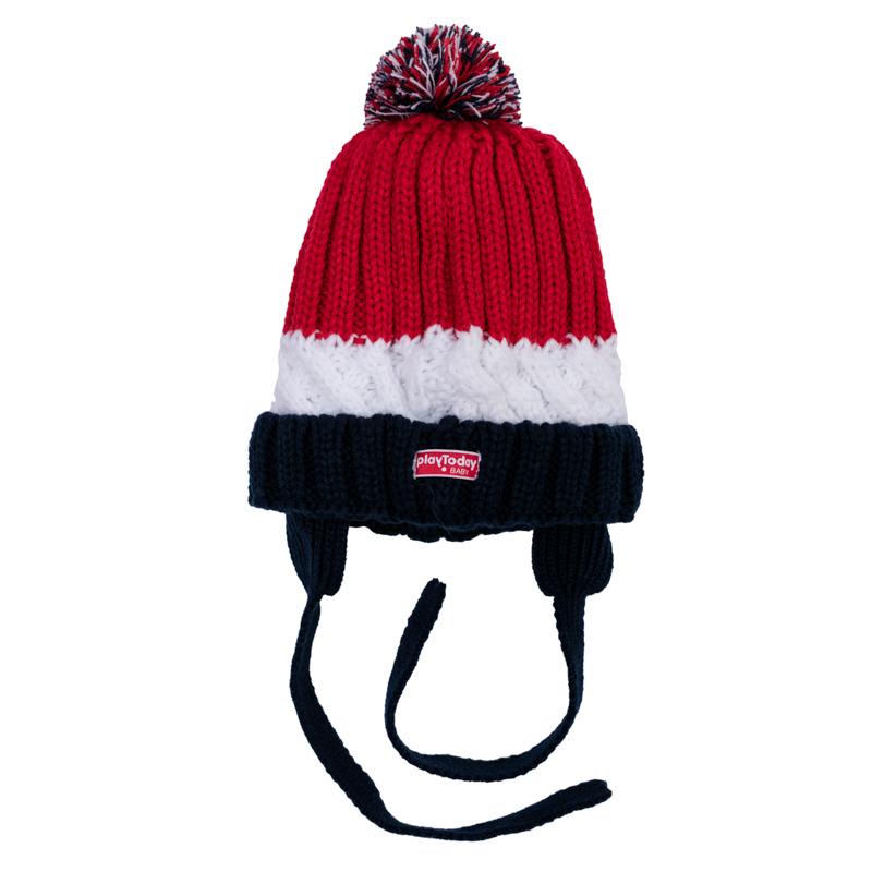 Шапка детская367074Уютная вязаная шапочка на завязках. Украшена рисунком в полоску и забавным помпоном.