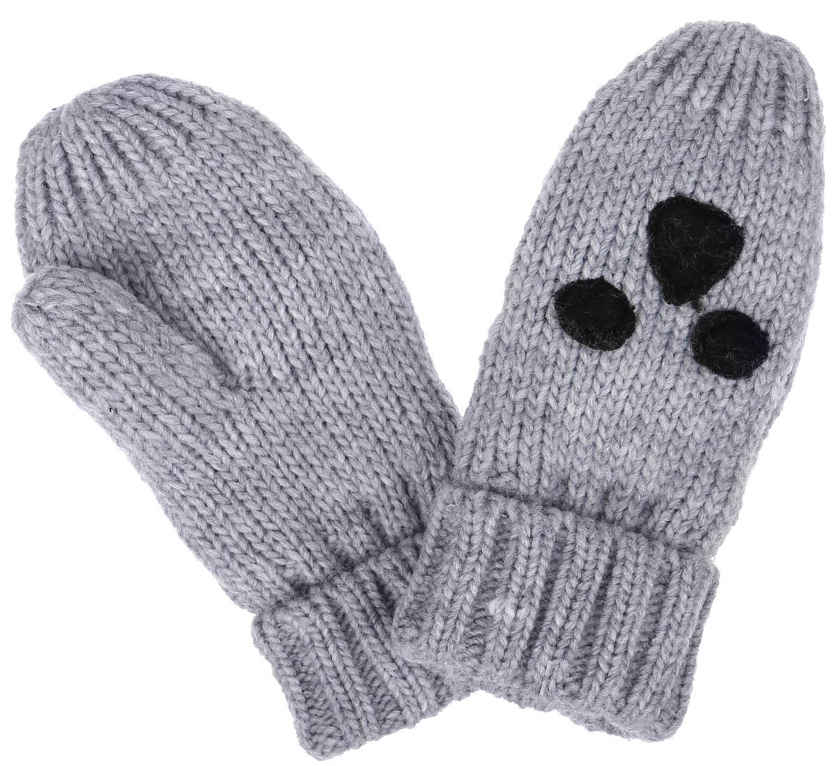 GL-743/052AO-6303Вязаные варежки для мальчика Sela идеально подойдут для прогулок в прохладную погоду. Изготовленные из акрила и полиэстера, они максимально сохраняют тепло, мягкие и приятные на ощупь, идеально сидят на руке. Модель дополнена широкими эластичными манжетами, не стягивающими запястья и надежно фиксирующими их на руках ребенка. Изделие украшено аппликацией. В таких варежках ваш ребенок будет чувствовать себя тепло, уютно и комфортно.