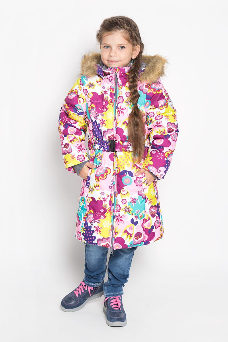 12030030-61320Стильное пальто для девочки Huppa Yacaranda идеально подойдет для ребенка в прохладное время года. Модель изготовлена из водоотталкивающей и ветрозащитной ткани и утеплена синтепоном (100% полиэстер). Пальто с капюшоном и небольшим воротником-стойкой застегивается на застежку-молнию с двумя бегунками и дополнительно имеет внутренний ветрозащитный клапан, а также защиту подбородка. Капюшон оформлен искусственным мехом и в случае необходимости его можно отстегнуть. Низ рукавов дополнен эластичными манжетами, не стягивающими запястья. Спереди модель дополнена двумя втачными карманами. Пальто дополнено съемным эластичным поясом. Модель оформлена ярким принтом, на левом рукаве расположена фирменная светоотражающая нашивка. Такое стильное пальто станет прекрасным дополнением гардеробу вашей девочки, оно подарит комфорт и тепло. Плотность утеплителя: 300 г/м2.