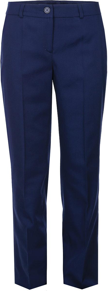 12.017828Стильные брюки для девочки BTC идеально подойдут для школы и повседневной носки. Изготовленные из плотного материала, они необычайно мягкие и приятные на ощупь, не сковывают движения и позволяют коже дышать, обеспечивая наибольший комфорт. Классические брюки с заутюженными стрелками прекрасно сидят и хорошо держат форму. Модель застегивается на пуговицу в поясе и ширинку на молнии, также предусмотрены шлевки для ремня. Спереди брюки дополнены двумя втачными карманами с косыми срезами. Такие брюки будут прекрасно сочетаться с различными блузками и пиджаками. Однотонные брюки классического кроя - отличный выбор для школьного гардероба.