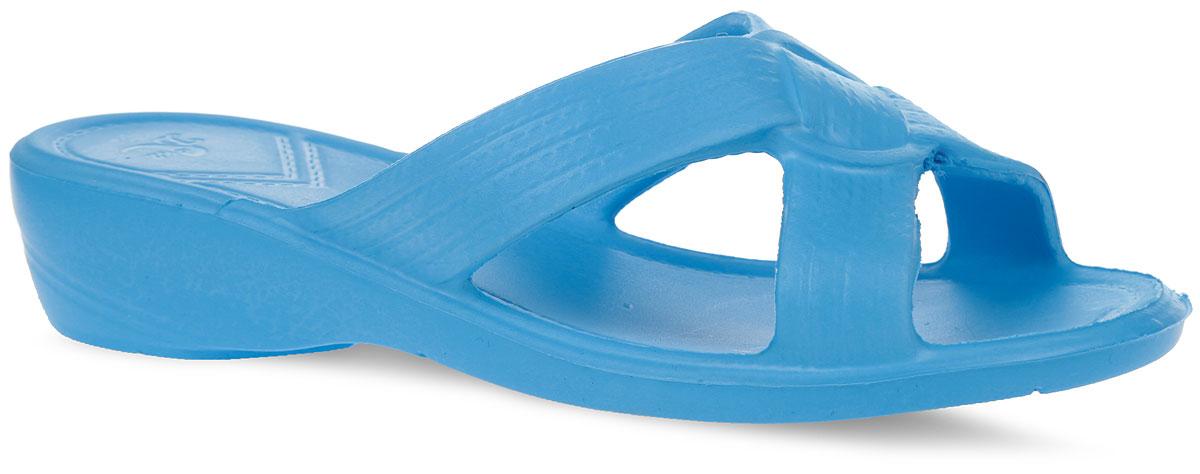 315Комфортные женские шлепанцы от Дюна не оставят вас равнодушной. Модель полностью выполнена из материала ЭВА (этиленвинилацетат). Рельефная подошва обеспечивает сцепление с любой поверхностью. Практичные шлепанцы покорят вас своим дизайном и удобством!