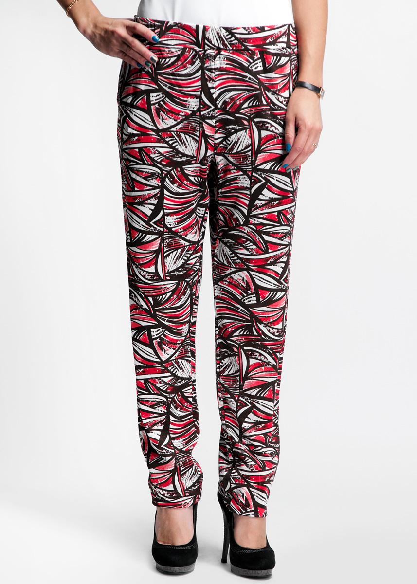 61D2HLСтильные женские брюки Toy G свободного кроя, выполненные из высококачественного материала, будет отлично смотреться на вас. Пояс модели дополнен широкой эластичной резинкой, низ брючин также оформлен эластичными резинками. Брюки дополнены двумя боковыми карманами. Идеальный вариант для тех, кто ценит комфорт и качество.