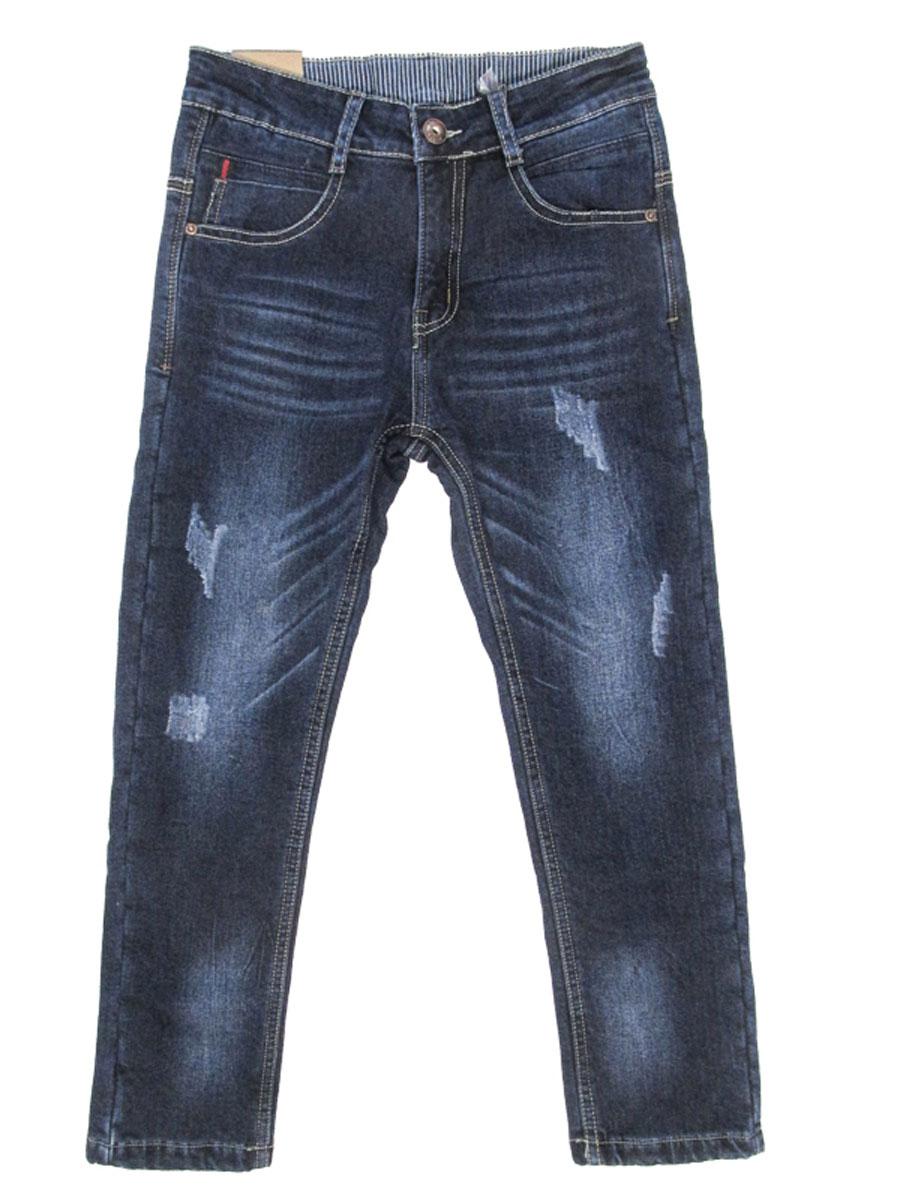 Джинсы206708Стильные джинсы для мальчика Luminoso идеально подойдут юному моднику. Изготовленные из эластичного хлопка, они мягкие и приятные на ощупь, не сковывают движения и позволяют коже дышать, обеспечивая наибольший комфорт. Джинсы на талии застегиваются на комбинированную застежку, а также имеются шлевки для ремня. Спереди расположены два втачных кармана и один маленький накладной, сзади - два накладных кармана. Современный дизайн и расцветка делают эти джинсы модным и удобным предметом детского гардероба. В них ребенок всегда будет в центре внимания!