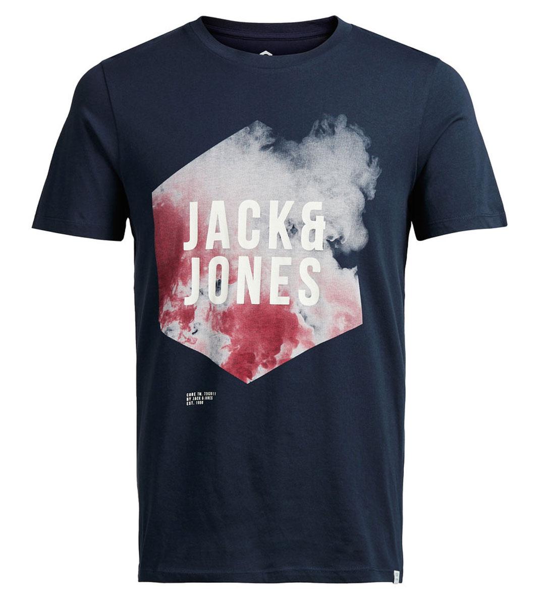 12108920_Navy BlazerМужская футболка Jack & Jones с короткими рукавами и круглым вырезом горловины выполнена из натурального хлопка. Футболка украшена крупным принтом с логотипом бренда спереди.