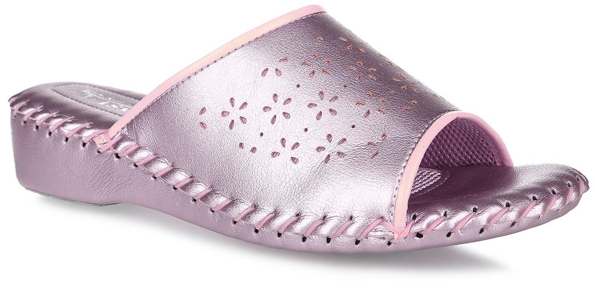 9413_GoldДомашняя обувь от Pansy - стандарт технологий комфорта из Японии: Mould - тапки Pansy проектируется и изготавливается по технологии современной модельной обуви: многослойная подошва и обувные материалы, обеспечивают функциональность модельной обуви при весе одного тапка от 100 до max 150 г . 3 Point - японская ортопедическая подошва снижает нагрузку на основные опорные точки, уменьшает разогрев стопы и поддерживает ее в оптимальном положении. Aerolite - технология фирмы Teijin Cordley Ltd. по изготовлению искусственной кожи с заранее заданными свойствами. Волокна аэрокапсульного волокна с включениями пузырьков воздуха выращивают с параметрами превышающие характеристики натуральной кожи по массе, гигроскопичности и износостойкости. Cool Max - сетка, используемая для быстрого отвода и испарения влаги, снижения температуры на особо нагруженных поверхностях по патенту фирмы Toray Inc. Zeomix - глубокая антибактериальная обработка ионами серебра по...