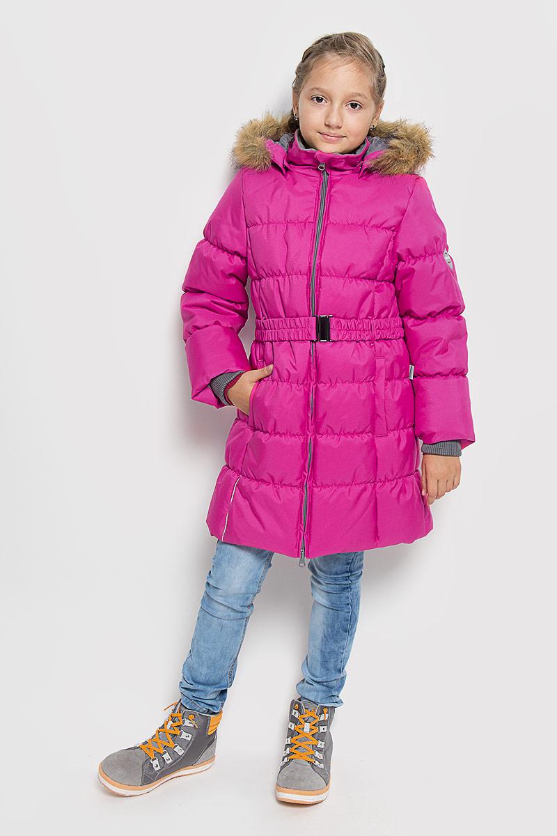 12030030-60063Стильное пальто для девочки Huppa Yacaranda станет замечательным дополнением к гардеробу. Оно изготовлено из водо- и ветронепроницаемой ткани. Ткань с обратной стороны покрыта слоем полиуретана с микропорами, который препятствует прохождению воды и ветра, но в то же время позволяет испаряться влаге, выделяемой телом. Материал имеет высокие показатели износостойкости. Сплетения волокон в тканях выполнены по специальной технологии, которая придает ткани прочность и предохраняет от истирания. В качестве наполнителя используется HuppaTerm - высокотехнологичный легкий синтетический утеплитель нового поколения. Уникальная структура микроволокон не позволяет проникнуть внутрь холодному воздуху, в то же время удерживая теплый между волокнами, обеспечивая высокую теплоизоляцию. Подкладка выполнена из полиэстера. Изделие легко стирается и быстро сохнет. Пальто с капюшоном и воротником-стойкой застегивается на двухстороннюю молнию с защитой подбородка. Модель...