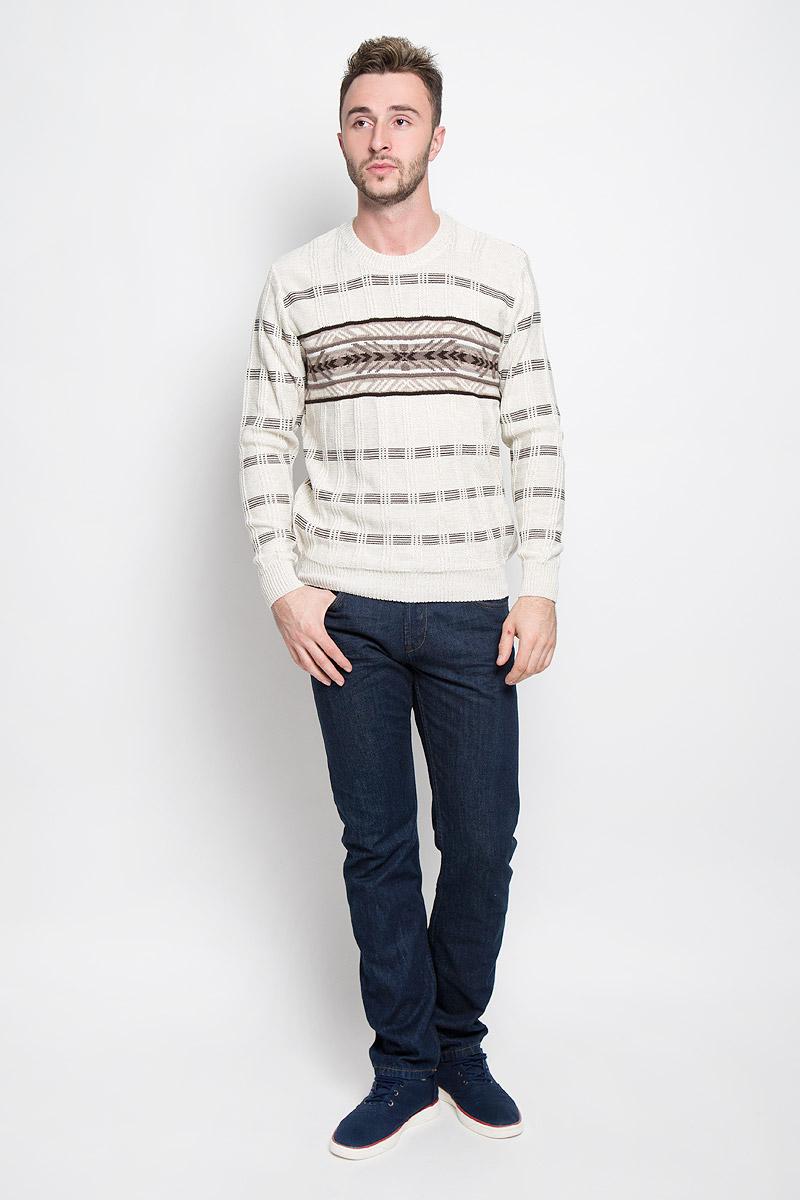 1373Стильный мужской джемпер Finn Flare, выполненный из высококачественного материала, необычайно мягкий и приятный на ощупь, не сковывает движения, обеспечивая наибольший комфорт. Модель с круглым вырезом горловины и длинными рукавами идеально гармонирует с любыми предметами одежды и будет уместен и на отдых, и на работу. Низ изделия, горловина и манжеты связаны широкой резинкой, что предотвращает деформацию при носке. Мягкий и уютный джемпер станет прекрасным дополнением вашего гардероба.