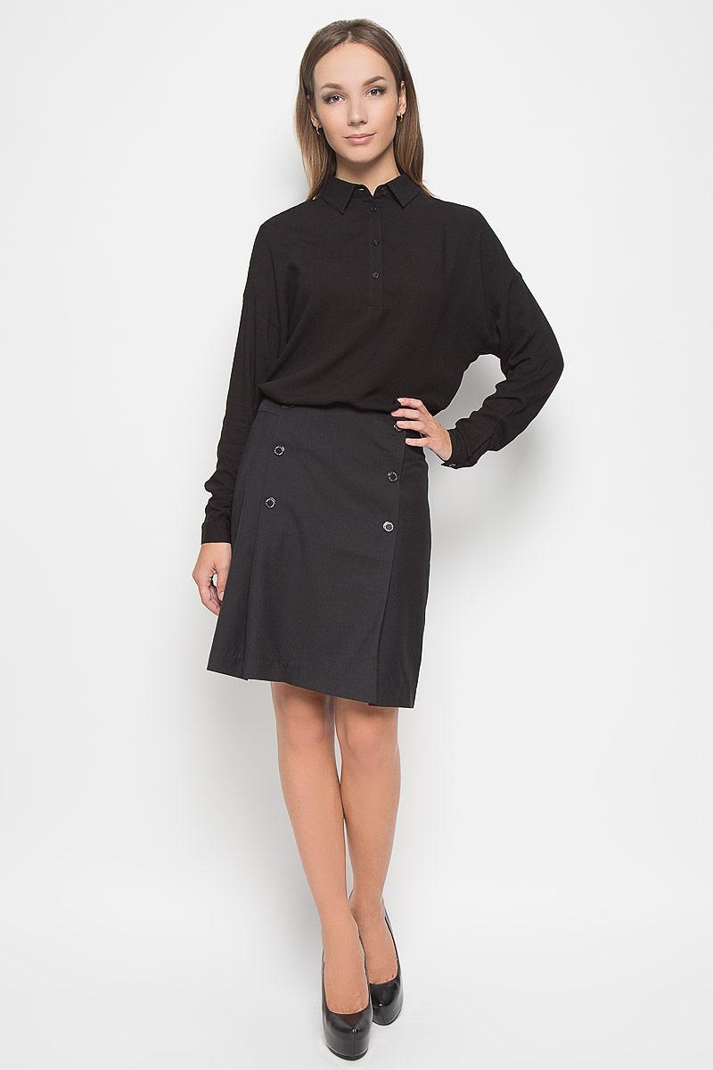 A16-170320_200Эффектная юбка Finn Flare выполнена из полиэстера с добавлением вискозы и шерсти, она обеспечит вам комфорт и удобство при носке. Элегантная юбка средней длины застегивается на застежку-молнию на спинке. Модель оформлена декоративными металлическими пуговицами спереди. Модная юбка-миди выгодно освежит и разнообразит ваш гардероб. Создайте женственный образ и подчеркните свою яркую индивидуальность! Классический фасон и оригинальное оформление этой юбки сделают ваш образ непревзойденным.