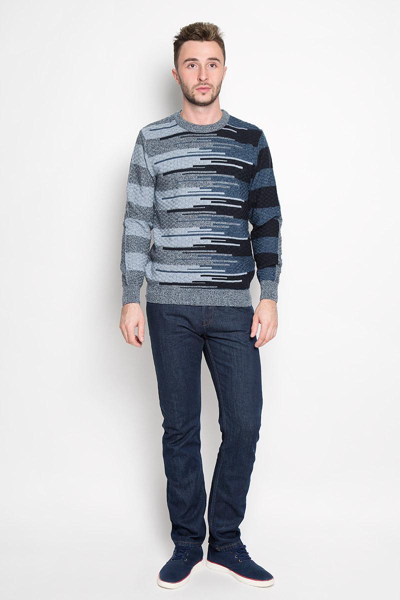 1676Стильный мужской джемпер Finn Flare, выполненный из высококачественного материала, необычайно мягкий и приятный на ощупь, не сковывает движения, обеспечивая наибольший комфорт. Модель с круглым вырезом горловины и длинными рукавами идеально гармонирует с любыми предметами одежды и будет уместен и на отдых, и на работу. Низ изделия, горловина и манжеты связаны широкой резинкой, что предотвращает деформацию при носке. Мягкий и уютный джемпер станет прекрасным дополнением вашего гардероба.
