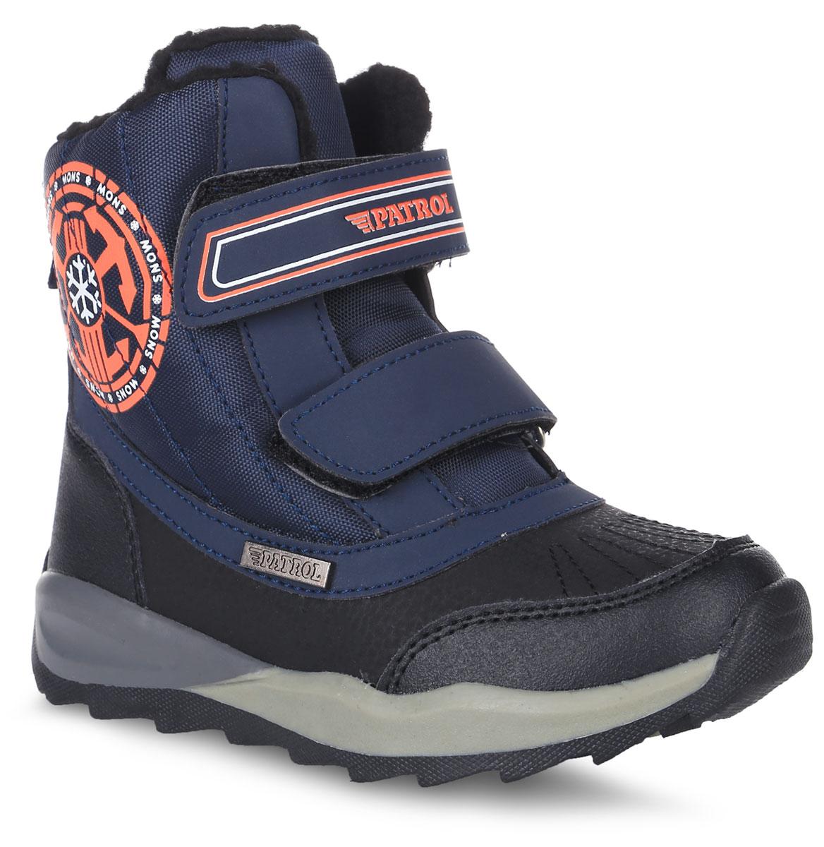 963-786IM-17w-8/01-1/25Стильные ботинки от Patrol покорят вашего мальчика с первого взгляда! Модель выполнена из искусственной кожи и текстиля. Ремешки с застежками-липучками обеспечивают надежную фиксацию изделия на ноге. Внутренняя поверхность и стелька из искусственного меха сохранят ноги в тепле. Верхний ремешок оформлен названием бренда, боковая сторона - оригинальным принтом и металлическим элементом с фирменной гравировкой. Модные ботинки - незаменимая вещь в гардеробе каждого ребенка.