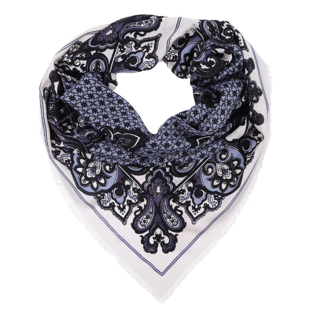 YNNT1518-11Стильный платок станет прекрасным дополнением к вашему образу. Выполнен из высококачественного материала и оформлен оригинальным принтом.