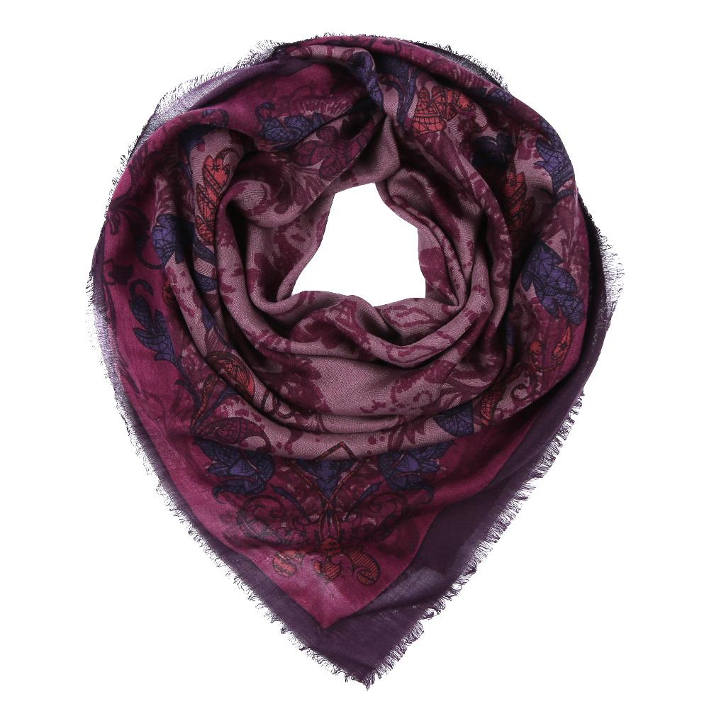 YNNT1516-10Стильный платок станет прекрасным дополнением к вашему образу. Выполнен из высококачественного материала и оформлен оригинальным принтом.