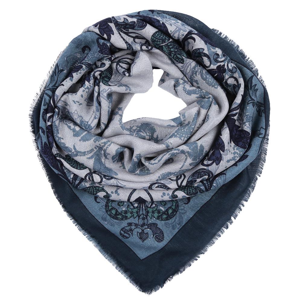 ПлатокYNNT1516-10Стильный платок станет прекрасным дополнением к вашему образу. Выполнен из высококачественного материала и оформлен оригинальным принтом.