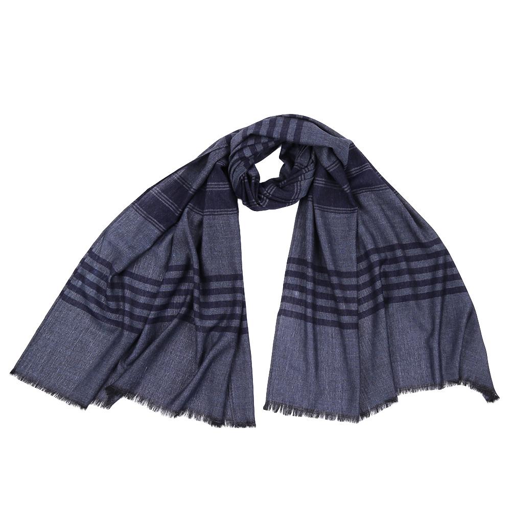ШарфJCJ64-1Стильный шарф поможет внести живость в любой образ, подарит уют и согреет от холодного ветра. Выполнен из высококачественного материала.