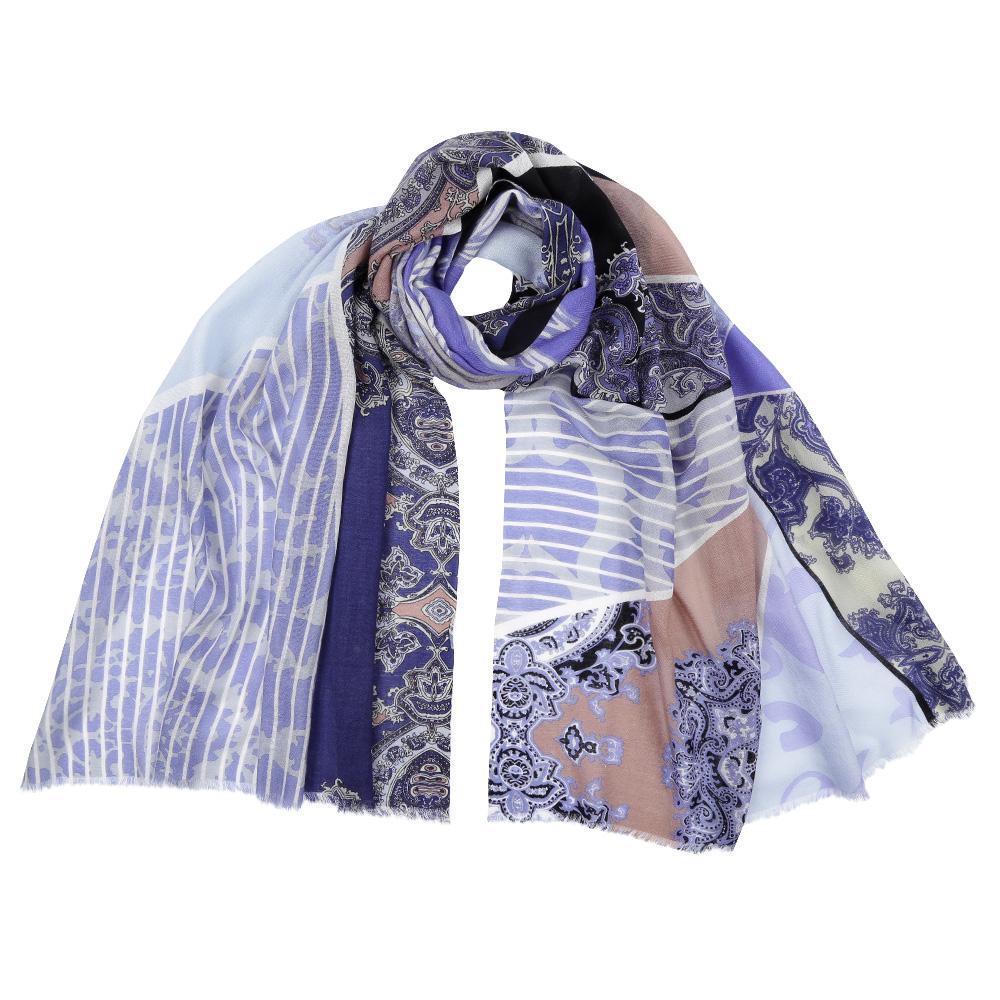 ШарфFIR202-5Стильный шарф поможет внести живость в любой образ, подарит уют и согреет от холодного ветра. Выполнен из высококачественного материала и оформлен оригинальным принтом.