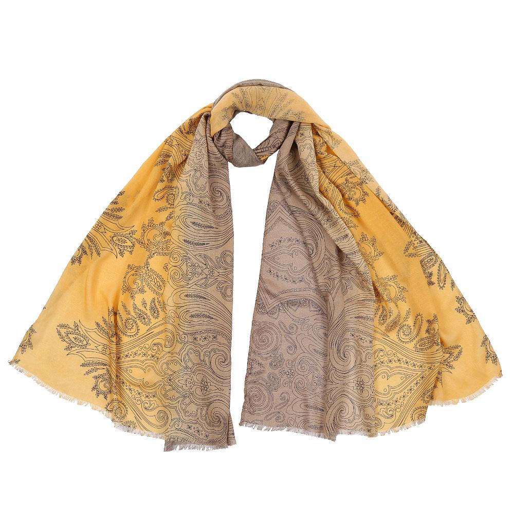 DS2016-002-12Стильный шарф поможет внести живость в любой образ, подарит уют и согреет от холодного ветра. Выполнен из высококачественного материала.