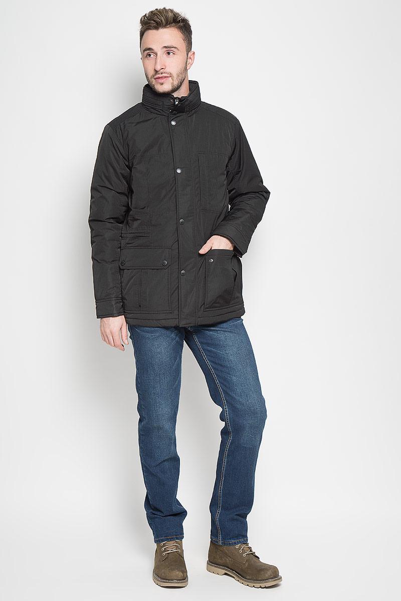 КурткаCp-226/347-6312Стильная мужская куртка Sela Casual Wear превосходно подойдет для прохладных дней. Куртка выполнена из полиэстера, она отлично защищает от дождя, снега и ветра, а наполнитель из синтепона превосходно сохраняет тепло. Модель с длинными рукавами и воротником-стойкой застегивается на застежку-молнию и имеет ветрозащитный клапан на кнопках. Изделие дополнено двумя накладными открытыми карманами и двумя накладными карманами на клапанах с кнопками спереди, а также внутренним втачным карманом на молнии. Объем талии регулируется при помощи внутреннего шнурка-кулиски. Эта модная и в то же время комфортная куртка согреет вас в холодное время года и отлично подойдет как для прогулок, так и для активного отдыха.
