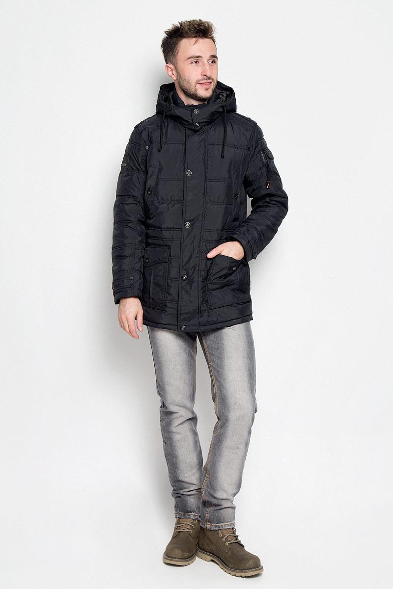 A16-22037_200Стильная мужская куртка Finn Flare превосходно подойдет для прохладных дней. Куртка выполнена из полиэстера, она отлично защищает от дождя, снега и ветра, а наполнитель из синтепона превосходно сохраняет тепло. Модель с длинными рукавами и воротником-стойкой застегивается на застежку-молнию спереди и имеет ветрозащитный клапан на кнопках и съемный капюшон на кнопках. Объем капюшона регулируется при помощи шнурка-кулиски. Изделие дополнено двумя накладными карманами с клапанами на кнопках и двумя втачными карманами на кнопках спереди, а также двумя потайными карманами на застежках-молниях и внутренним втачным карманом на пуговице. На рукаве расположен накладной карман с клапаном на кнопке и втачной карман на застежке-молнии. Рукава дополнены внутренними трикотажными манжетами. Объем талии регулируется при помощи внутреннего шнурка-кулиски. Эта модная и комфортная куртка согреет вас в холодное время года и отлично подойдет как для прогулок, так и для активного отдыха.