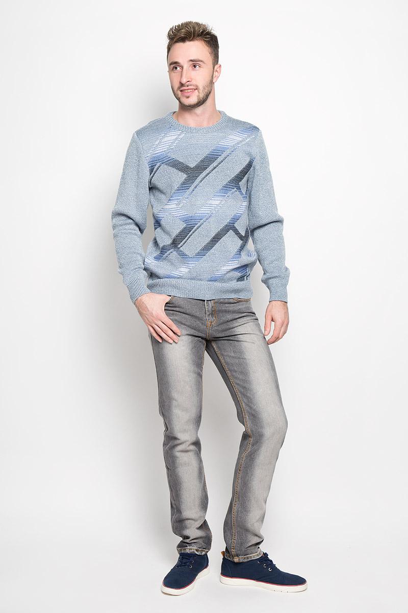 ДжинсыPJ-235/1043-6362Стильные мужские джинсы Sela станут отличным дополнением к вашему гардеробу. Модель, изготовленная из хлопка с добавлением полиэстера, очень мягкая, тактильно приятная, не сковывает движения и позволяет коже дышать. Джинсы прямого кроя и стандартной посадки застегиваются на пуговицу в поясе и ширинку на застежке-молнии. На поясе предусмотрены шлевки для ремня. Джинсы имеют классический пятикарманный крой: спереди модель оформлена двумя втачными карманами и одним маленьким накладным кармашком, а сзади - двумя накладными карманами. Модель оформлена контрастной прострочкой, перманентными складками и эффектом потертости. Эти модные и в тоже время комфортные джинсы послужат отличным дополнением к вашему гардеробу.