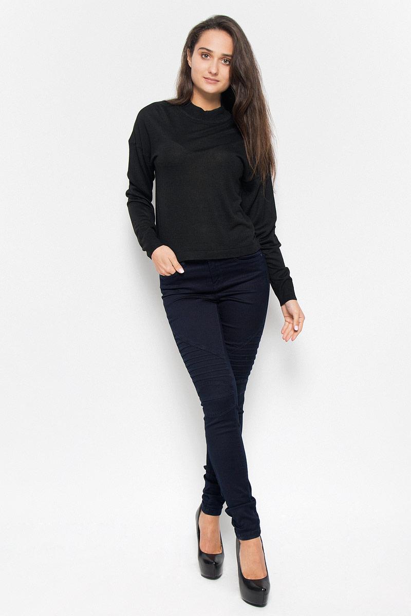 Джемпер10145560_BlackСтильный женский джемпер Vero Moda Noisy May, выполненный из тонкого трикотажа, необычайно мягкий и приятный на ощупь, не сковывает движения, обеспечивая наибольший комфорт. Изделие с воротником-стойкой и длинными рукавами-кимоно идеально будет сочетаться как брюками, так и юбкой. Мягкий и уютный джемпер станет любимым элементом вашего гардероба.