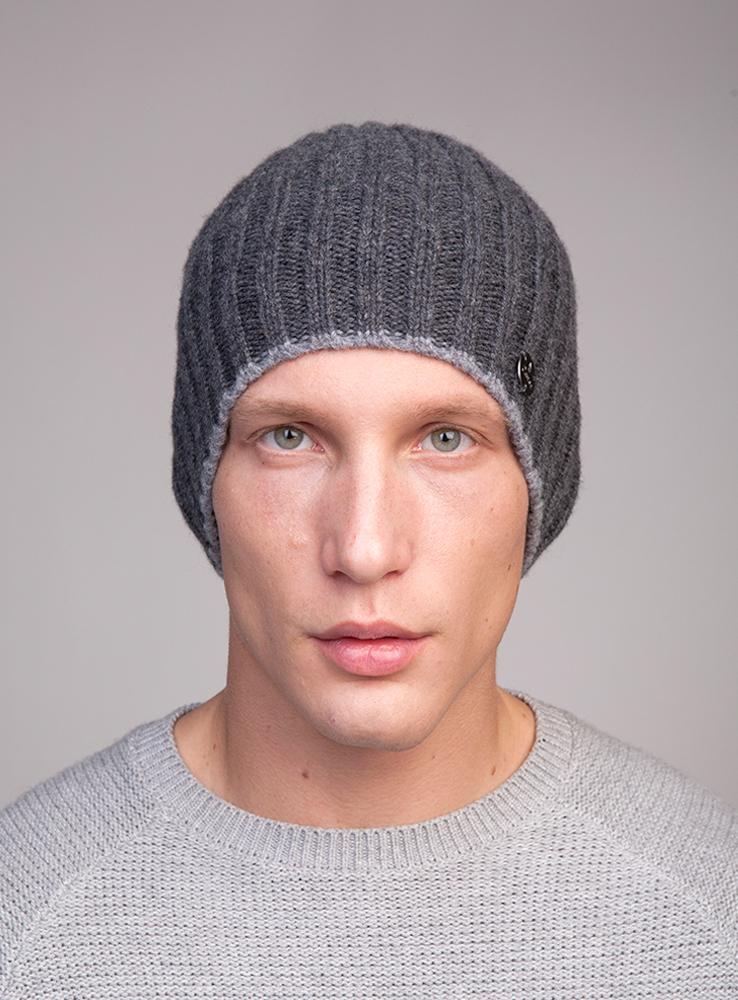 3447811Тёплая удлинённая шапка Canoe Rail из высококачественной итальянской 100% шерстяной пряжи. Шерсть обработана по новой технологии AIR, что предаёт изделию невероятную лёгкость и мягкие, тактильные ощущения. Шапка выполнена вязанной резинкой. Дополнена модель небольшой металлической пластиной с названием бренда. Такая шапка станет модным и стильным предметом в вашем гардеробе. Она улучшит настроение даже в хмурые прохладные дни! Уважаемые клиенты! Размер, доступный для заказа, является обхватом головы ребенка.