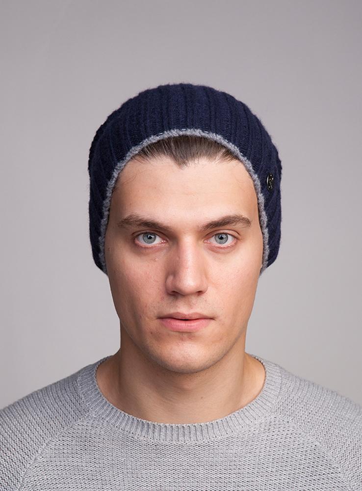Шапка3447811Тёплая удлинённая шапка Canoe Rail из высококачественной итальянской 100% шерстяной пряжи. Шерсть обработана по новой технологии AIR, что предаёт изделию невероятную лёгкость и мягкие, тактильные ощущения. Шапка выполнена вязанной резинкой. Дополнена модель небольшой металлической пластиной с названием бренда. Такая шапка станет модным и стильным предметом в вашем гардеробе. Она улучшит настроение даже в хмурые прохладные дни! Уважаемые клиенты! Размер, доступный для заказа, является обхватом головы ребенка.