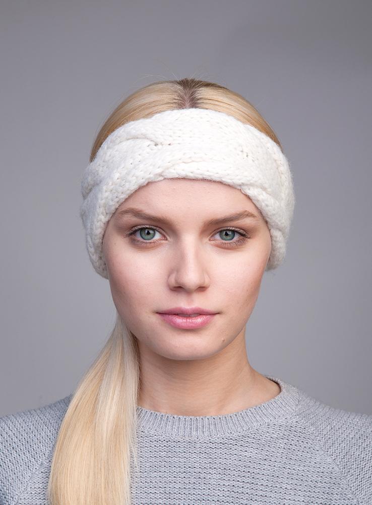 Повязка на голову3446821Вязаная повязка на голову Canoe Seyra с вывязанной косой из лёгкой и мягкой альпаки в смеси шерсти и акрила. Добавленный в ручную неаполитанский люрекс, создаёт утончённость и эксклюзивность изделию. Такая повязка станет модным и стильным дополнением вашего зимнего гардероба. Она согреет вас и позволит подчеркнуть свою индивидуальность!