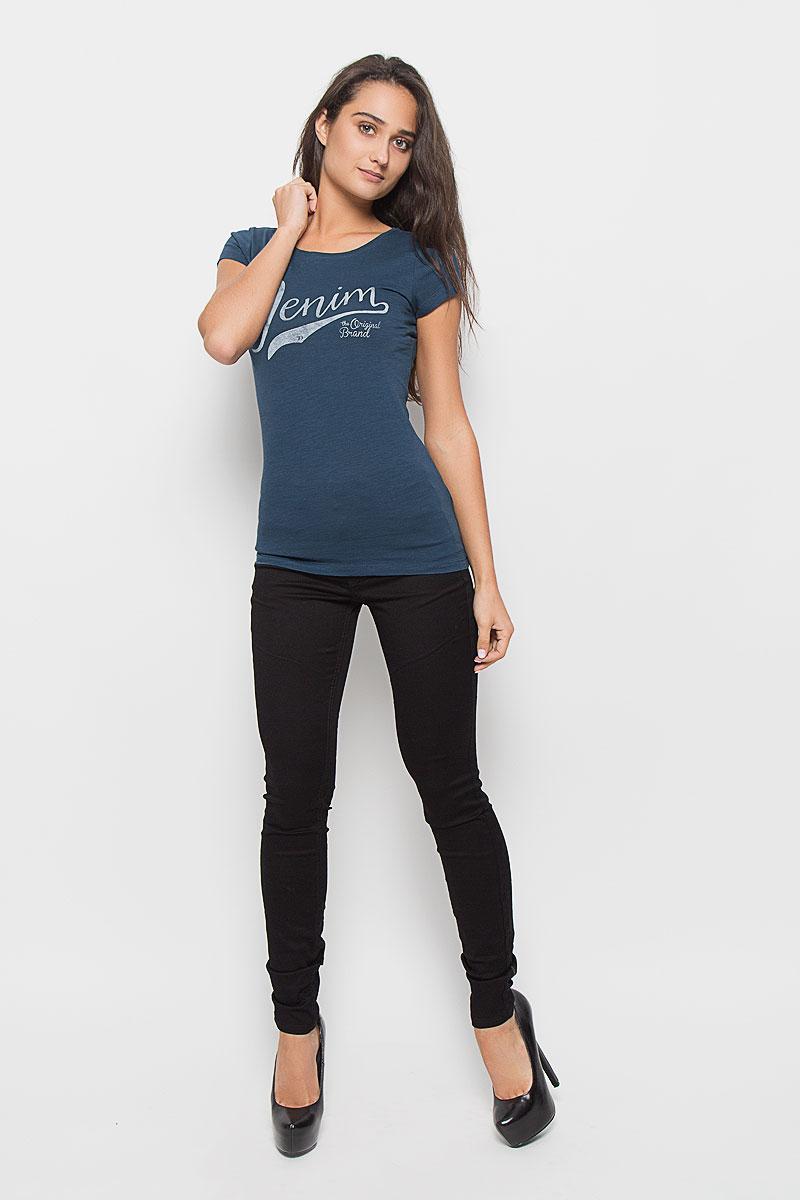 Футболка1035261.00.71_6160Стильная женская футболка Tom Tailor Denim, выполненная из 100% хлопка, поможет создать отличный современный образ в стиле Casual. Модель с круглым вырезом горловины и короткими рукавами оформлена спереди брендовой надписью. Такая футболка станет стильным дополнением к вашему гардеробу, она подарит вам комфорт в течение всего дня!