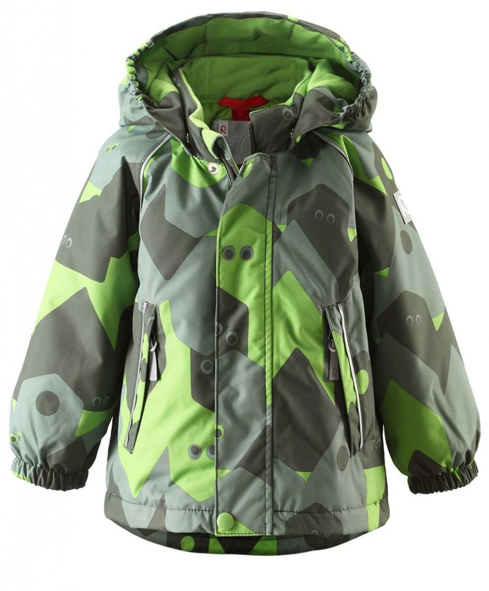 511229C-6561Непромокаемая зимняя куртка для малышей с веселым рисунком просто создана для зимних приключений! Она изготовлена из водо- и ветронепроницаемого материала с грязеотталкивающей поверхностью. Все швы в куртке Reimatec проклеены и водонепроницаемы, так что непогода не помешает веселым зимним играм! Материал хорошо пропускает воздух, сколько ни бегай - в этой куртке не вспотеешь. Куртку с подкладкой из гладкого полиэстера очень легко надевать и носить с теплым промежуточным слоем. С помощью удобной системы кнопок Play Layers к этой куртке можно присоединять разные модели флисовых курток, которые подарят вашему ребенку дополнительное тепло и комфорт в холодные дни. Съемный регулируемый капюшон защищает от пронизывающего ветра и безопасен во время игр на свежем воздухе. Кнопки легко отстегиваются, если капюшон случайно за что-нибудь зацепится. Капюшон с подкладкой из мягкого полиэстера с начесом. Карманы на молнии сохранят маленькие сокровища, найденные во время прогулки, а светоотражающие...