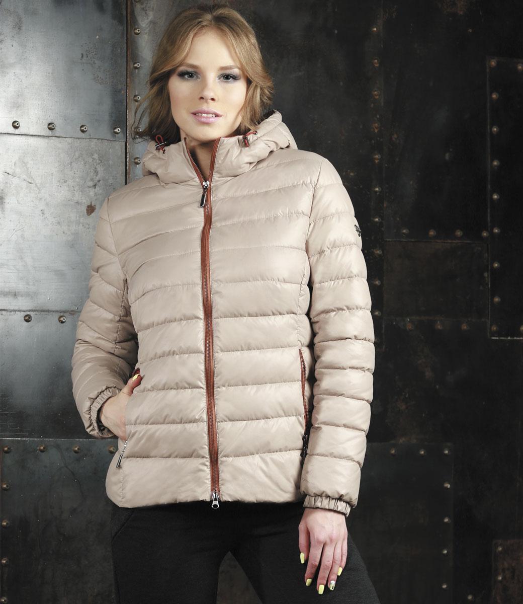 КурткаAL-2968Яркая женская куртка Grishko выполнена из 100% полиамида с наполнителем из полиэстера. Оформлена в трендовой цветовой гамме нового осенне-зимнего сезона. Такая модель отлично подойдет для прохладной погоды. Куртка с капюшоном приталенного кроя застегивается на застежку-молнию. Капюшон дополнен резинкой со стопперами, благодаря чему можно регулировать его в размере. Модель снаружи дополнена двумя втачными карманами на молниях. Манжеты рукавов оформлены на резинках. Очень комфортная и стильная куртка будет прекрасным выбором для повседневной носки и подчеркнет вашу индивидуальность.