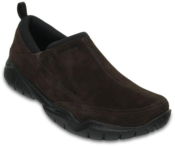 Полуботинки203568-02SВы предпочитаете прогулки и активный образ жизни? Модель Swiftwater Leather от Crocs создана специально для вас. Мужские полуботинки выполнены из натуральной замши. На подъеме они дополнены эластичными вставками для удобства надевания. Протекторированная подошва из материала Croslite обеспечивает улучшенное сцепление с дорогой.